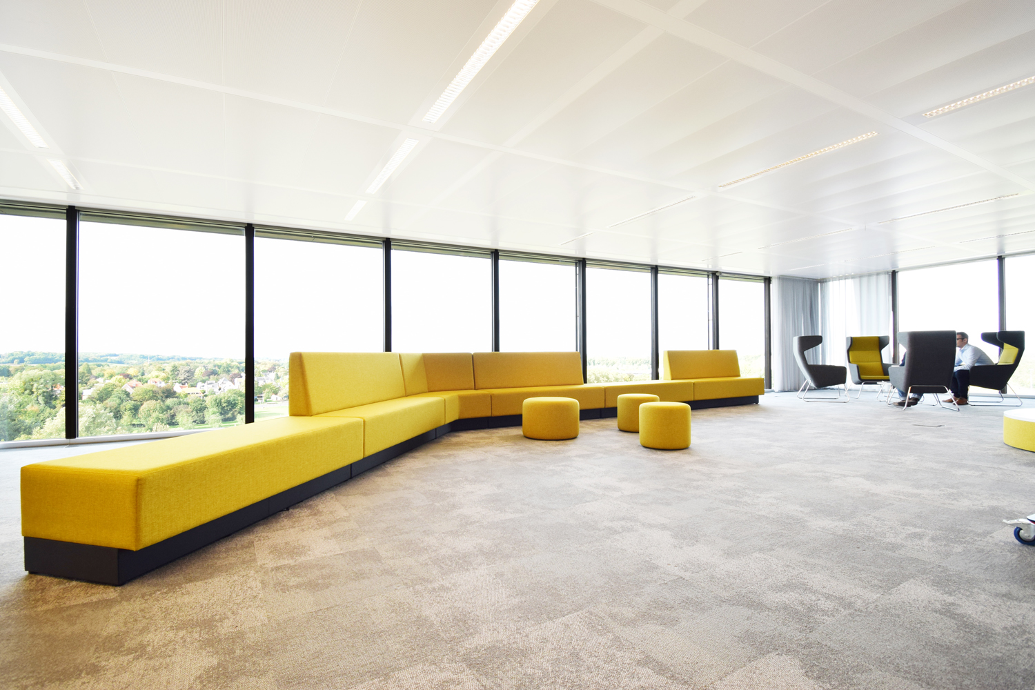 davant_home_adxactive_loungebank_oplocatie_campus