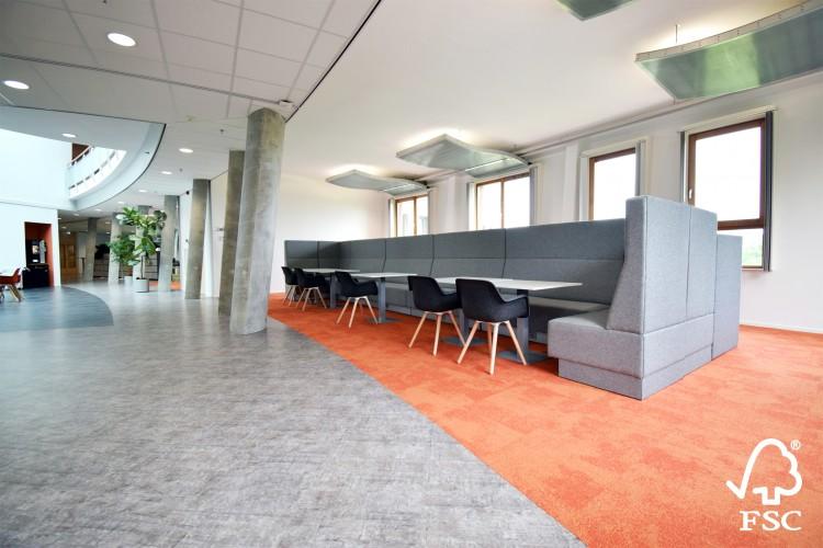 davant_beta_loungebank_fscgecertificeerd_hoekopstelling_gemeentehuis